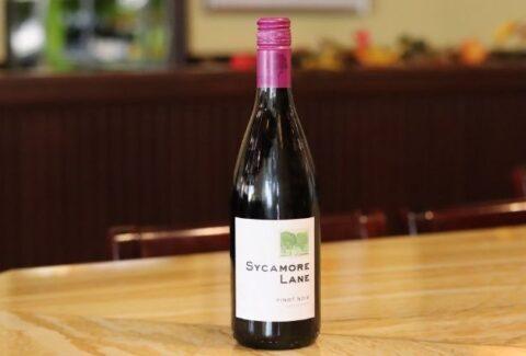 SYCAMORE LANE Pinot Noir