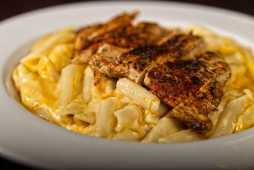 4 Cheese Mac & Cheese with Blackened Chicken